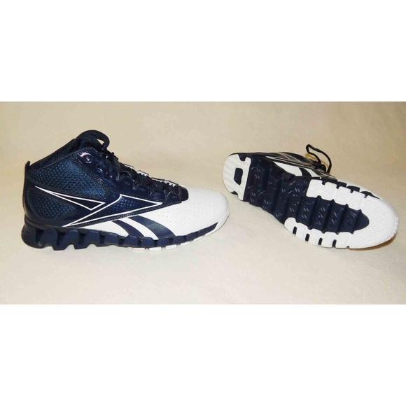 Reebok Zigtech Zig Pro Future Men Basketball Shoes.  M 5b46f984951996ac52584ec3 426692cefdbb